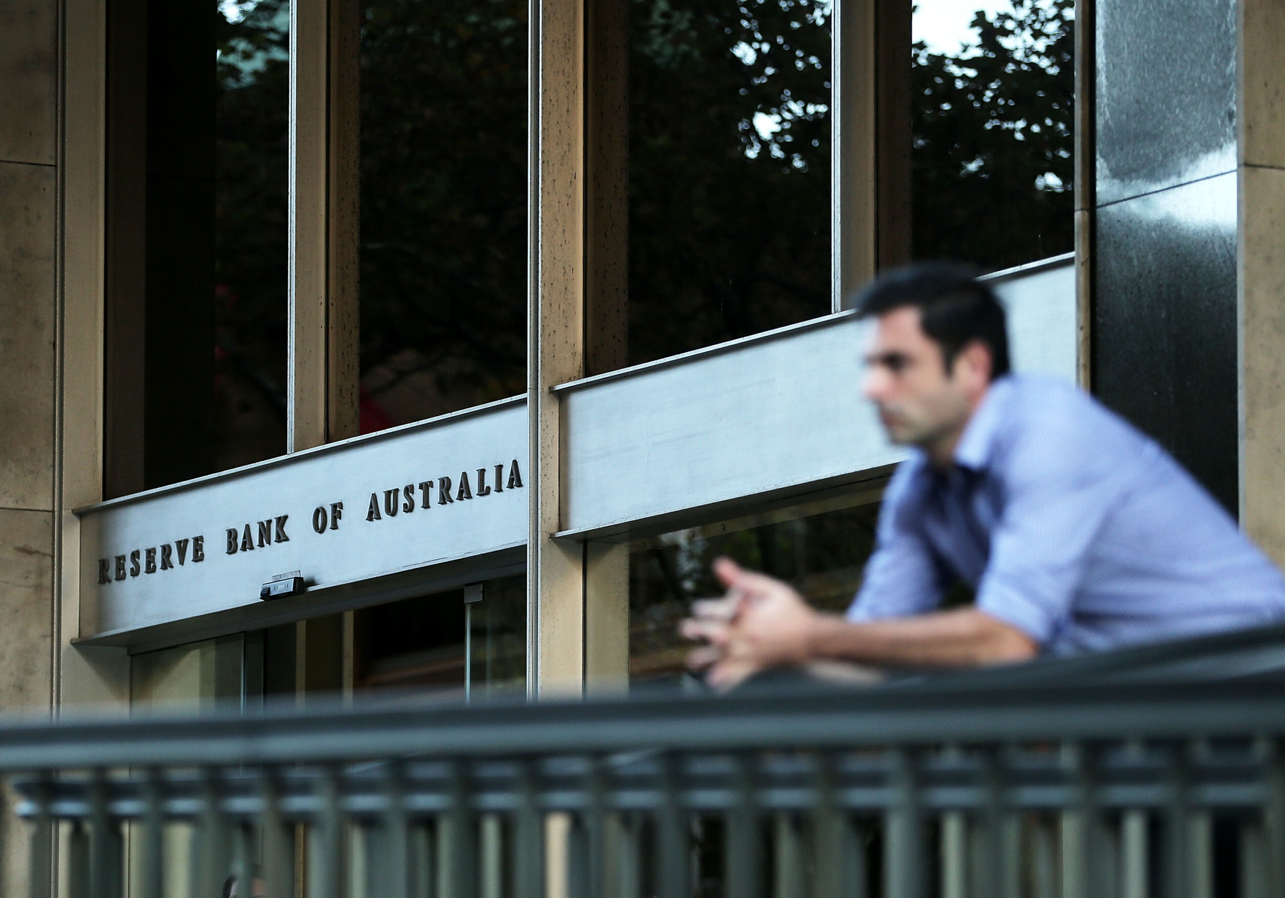 SYDNEY, AUSTRALIA - MAY 05:  A man looks on outside the Reserve Bank of Australia headquarters on May 5, 2015 in Sydney, Australia. Forecasters are predicting the Reserve Bank of Australia will cut interest rates for the second time this year in its upcoming May meeting. The cuts would come amidst fear of stoking the rising prices of housing in Australia.  (Photo by Mark Metcalfe/Getty Images)